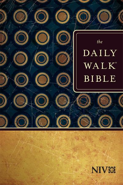 The Daily Walk Bible NIV By: Tyndale