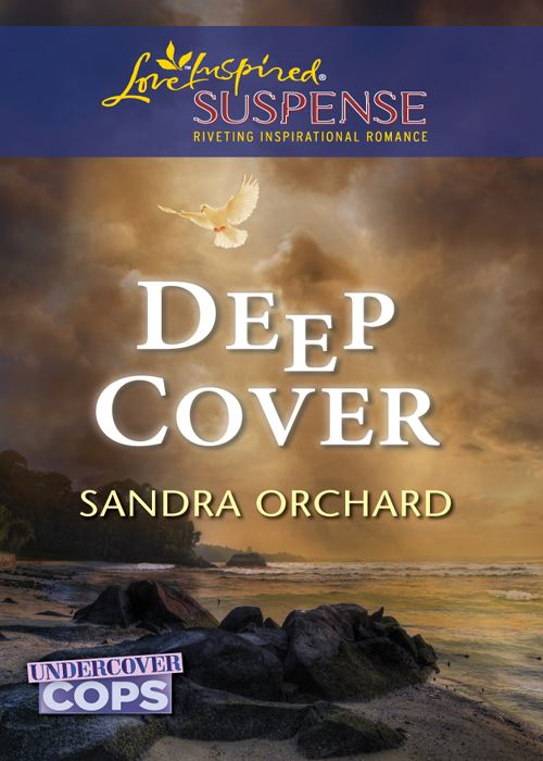 Deep Cover (Mills & Boon Love Inspired Suspense) (Undercover Cops - Book 1)