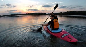 Kayaking For Beginners: Learn The Essentials of Kayaking