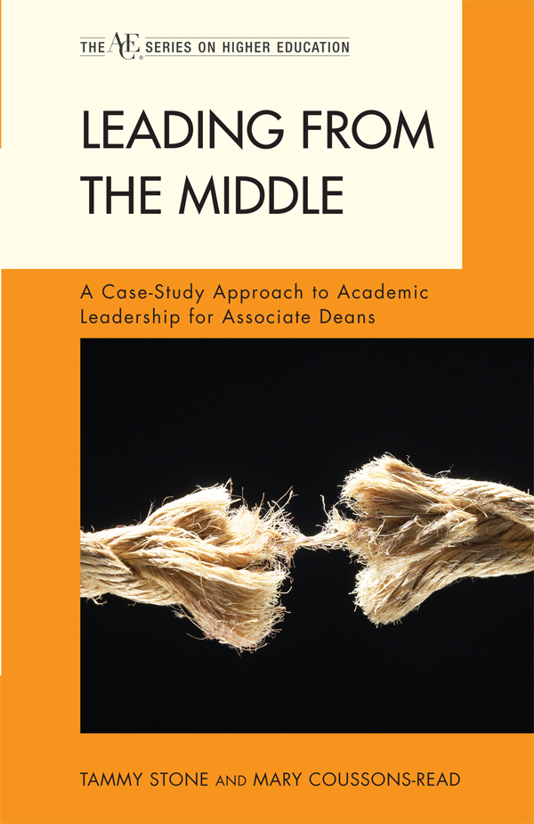 Leading from the Middle By: Mary Coussons-Read,Tammy Stone