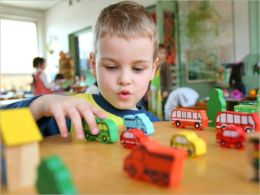 Getting Ready For Kindergarten: Preparing Your Child For Kindergarten, Dealing With Separation Anxiety and More.