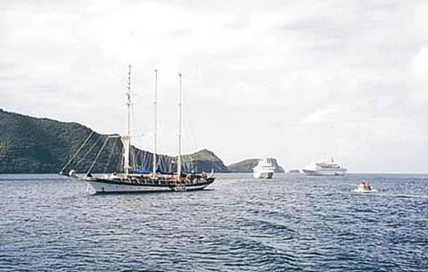 Grenada, St Vincent & the Grenadines Adventure Guide By: Alan Moore