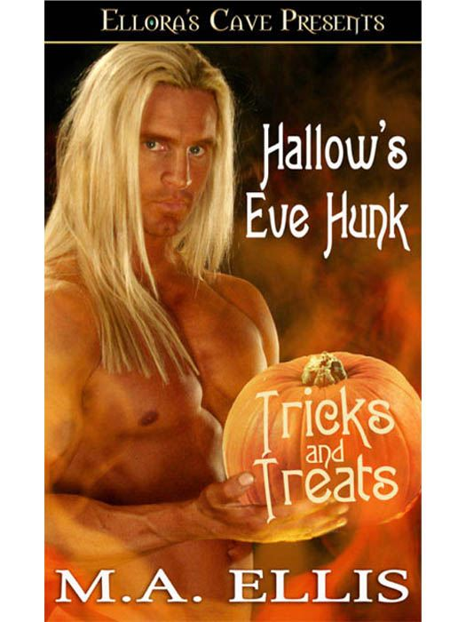 Hallow's Eve Hunk (Hot Hendersons, Book Two)