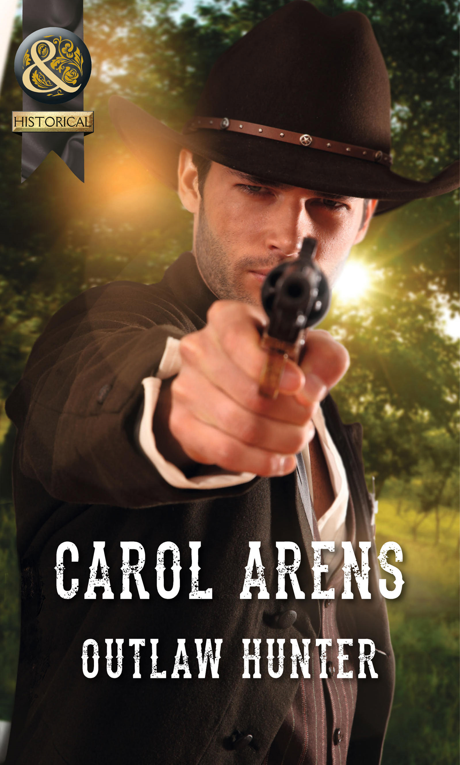 Outlaw Hunter (Mills & Boon Historical)