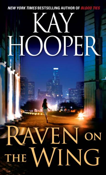 Raven on the Wing By: Kay Hooper