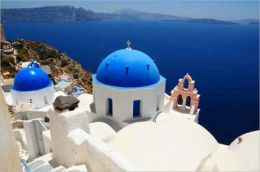 A Tourist's Guide To Planning a Vacation in Greece