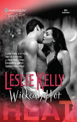 Wickedly Hot By: Leslie Kelly
