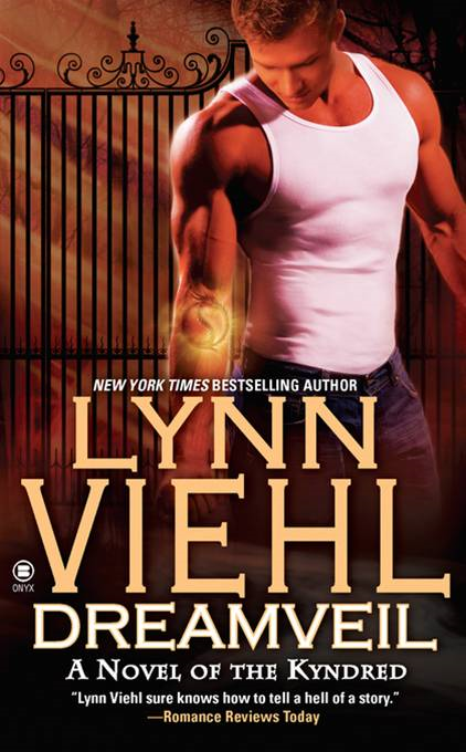 Dreamveil: A Novel of the Kyndred By: Lynn Viehl