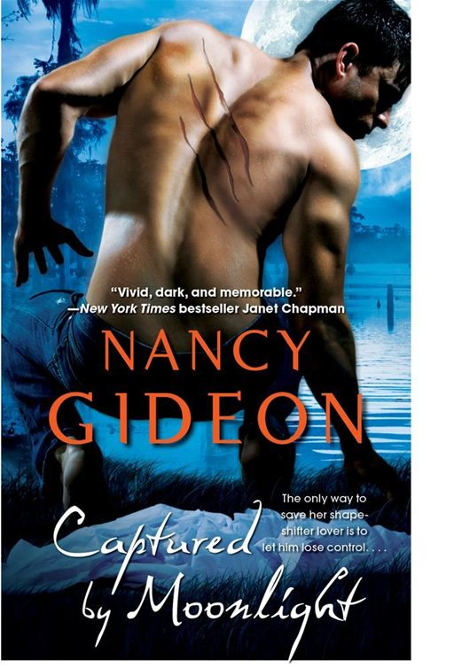 Captured by Moonlight By: Nancy Gideon